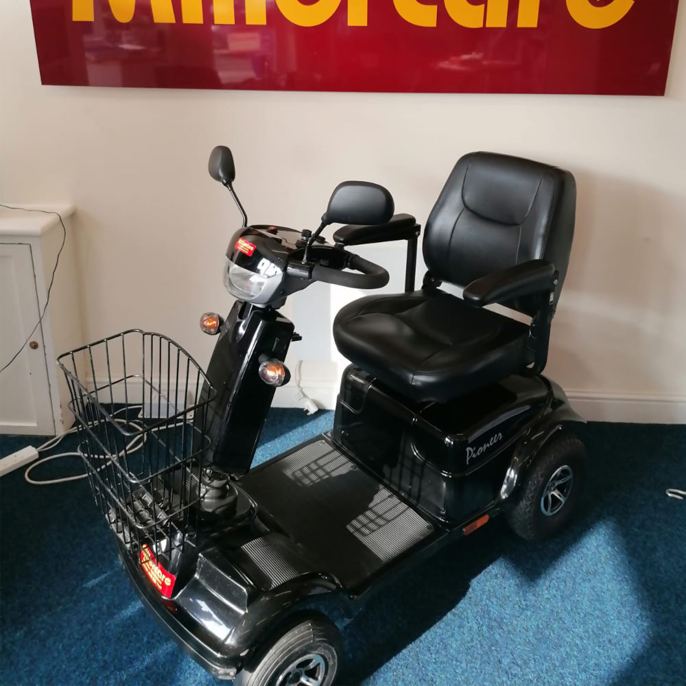 pre-owned-mobility-scooter-pioneer-mc7-one.jpg