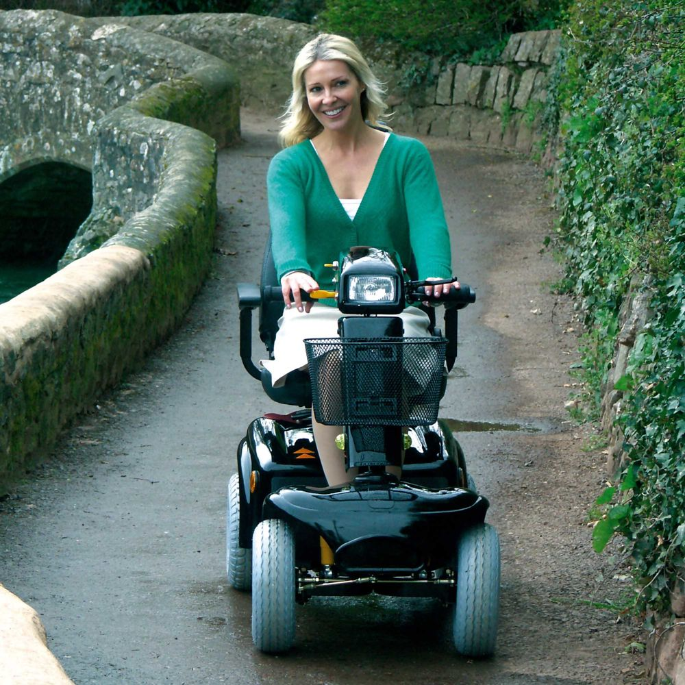 rascal-mobility-scooter-850-lifestyle.jpg