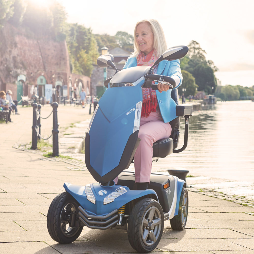 rascal-mobility-scooter-vecta-lifestyle.jpg