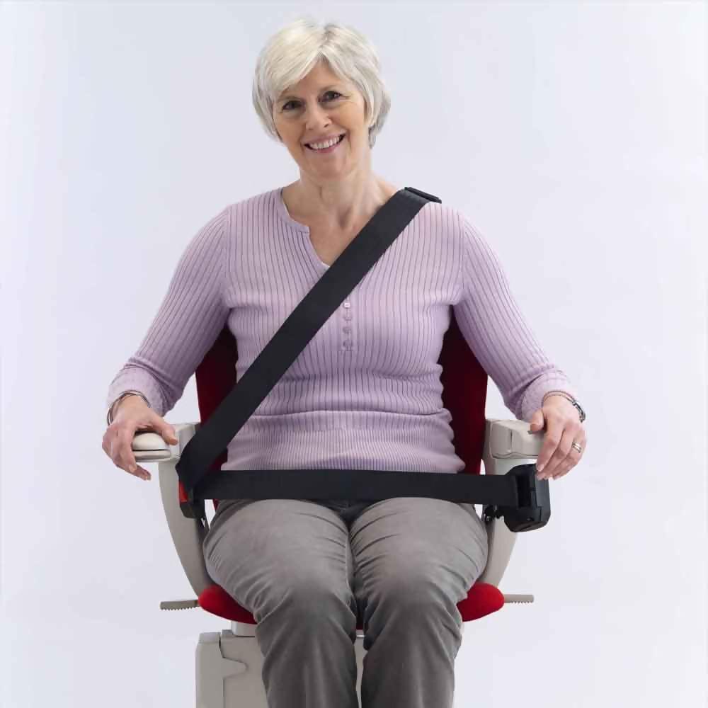 starla-curved-seatbelt.jpg