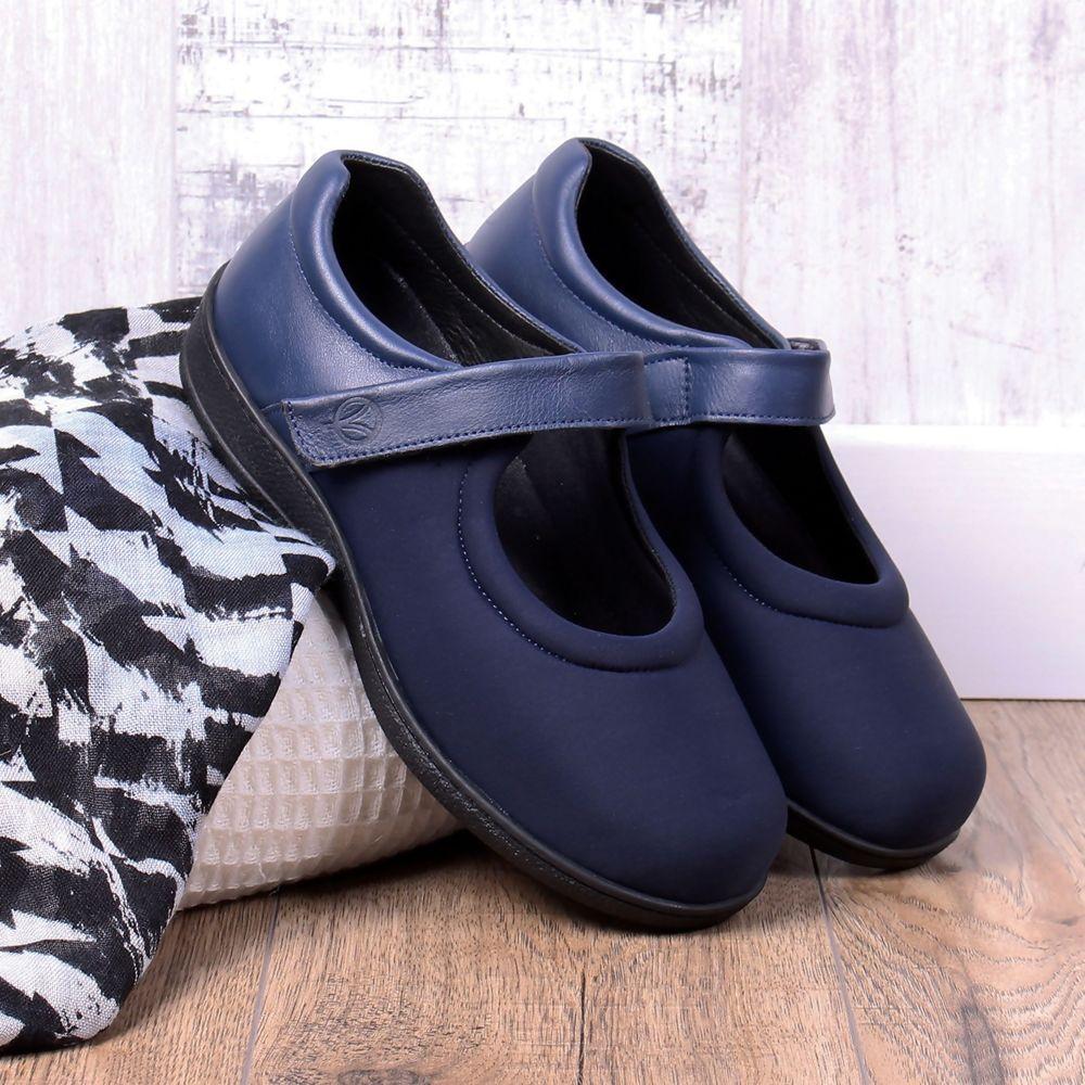 walmer-ladies-extra-wide-shoe-4e-6e-57a.jpg