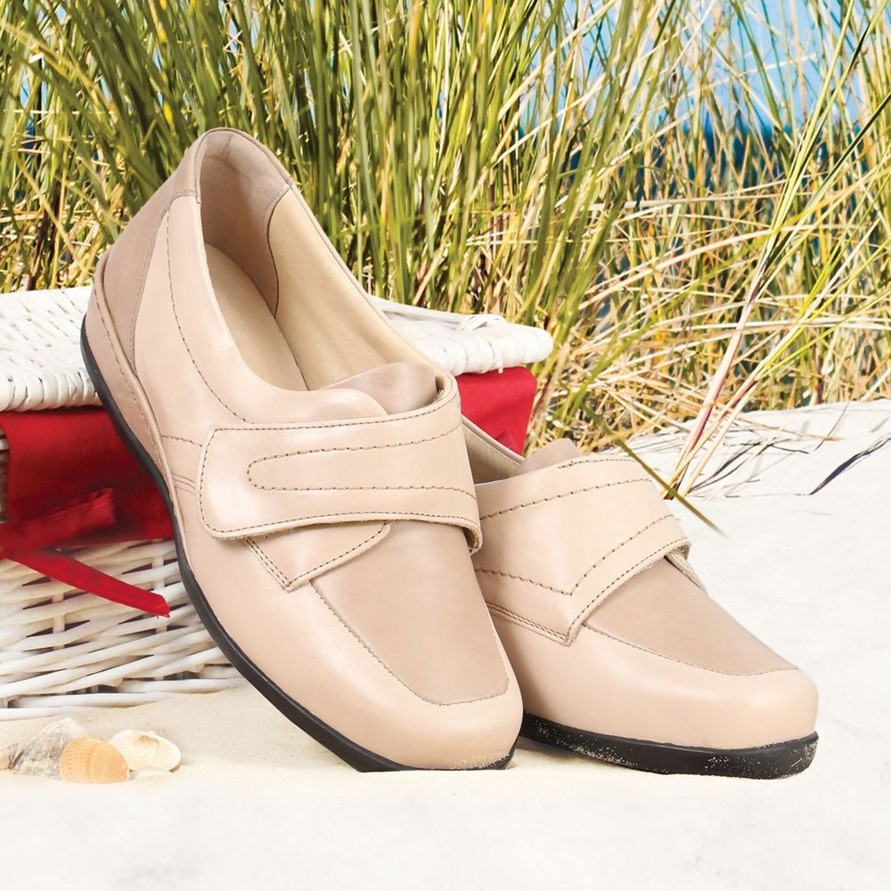 wardale-ladies-extra-wide-shoe-4e-6e-55e.jpg